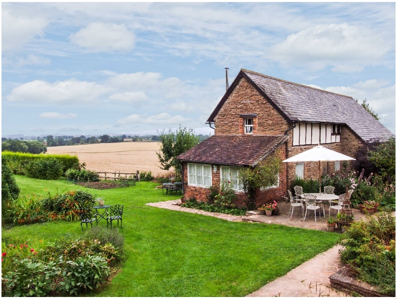 Raddle Bank House a holiday cottage rental for 6 in Tenbury Wells,