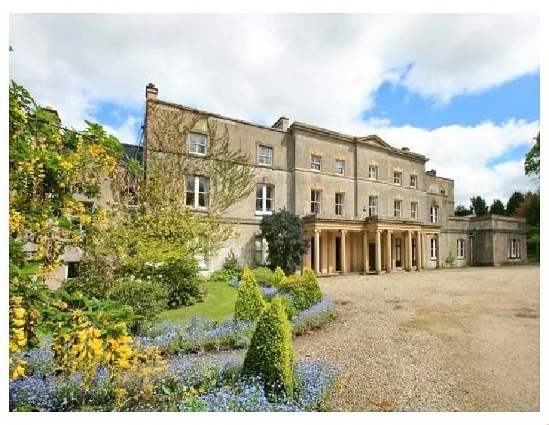 Cook's Flat a holiday cottage rental for 2 in Cefn Park Estate,