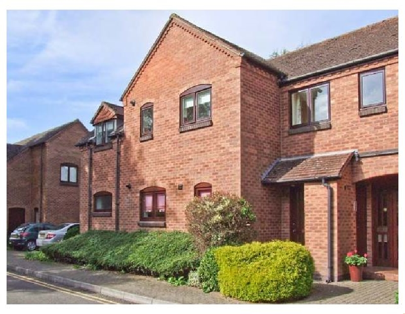 9 Bancroft Place a holiday cottage rental for 4 in Stratford-Upon-Avon,