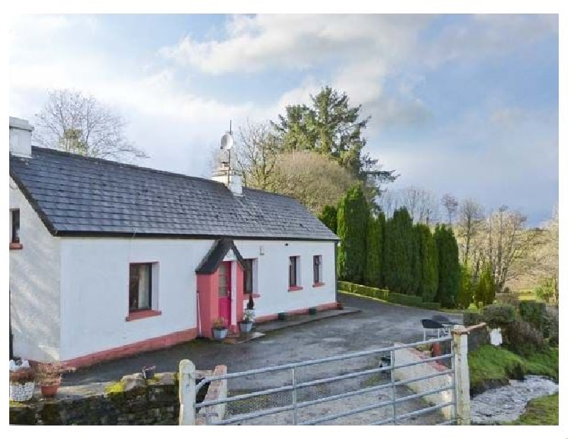 Rambler's Rest a holiday cottage rental for 4 in Manorhamilton,