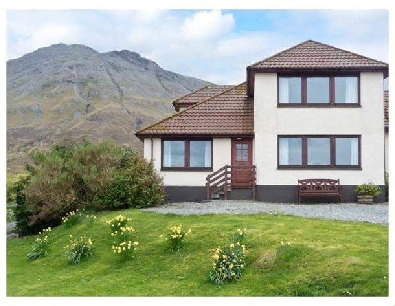 MacKenzie's Peak a holiday cottage rental for 6 in Portree,