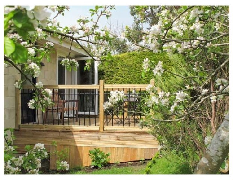Bath Garden Rooms a holiday cottage rental for 2 in Bath,