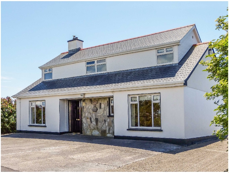 Hernon's Cottage a holiday cottage rental for 6 in Carna,