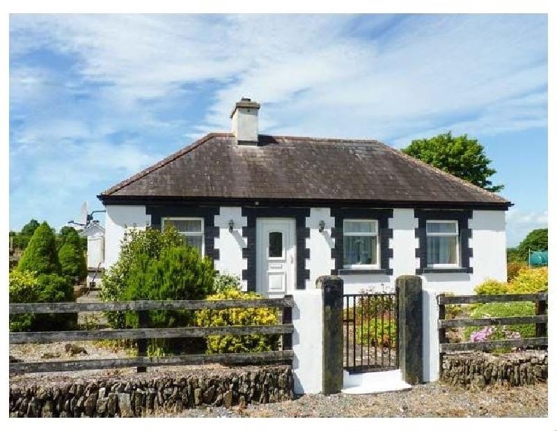Bracken a holiday cottage rental for 4 in Ballyduff,