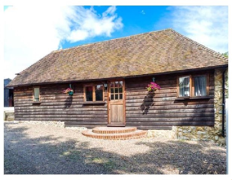Bolton Barn a holiday cottage rental for 2 in Lenham Heath,