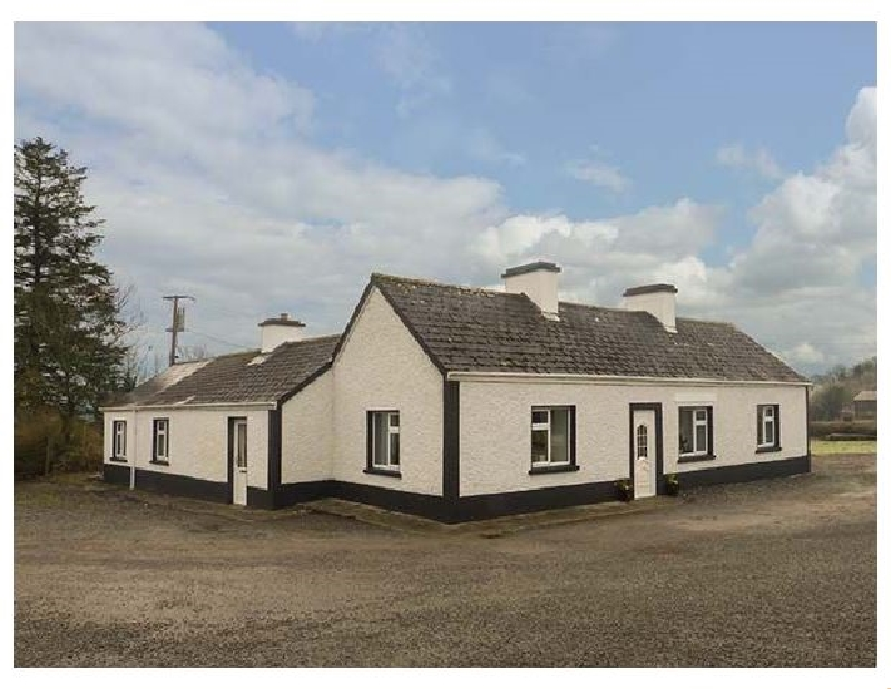 Harry's a holiday cottage rental for 6 in Carrick-On-Shannon,