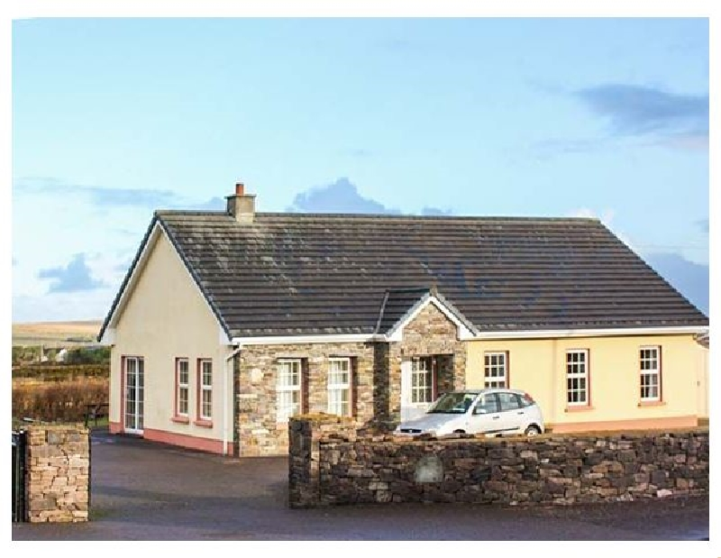 Eagle's Rest a holiday cottage rental for 12 in Ballyferriter,