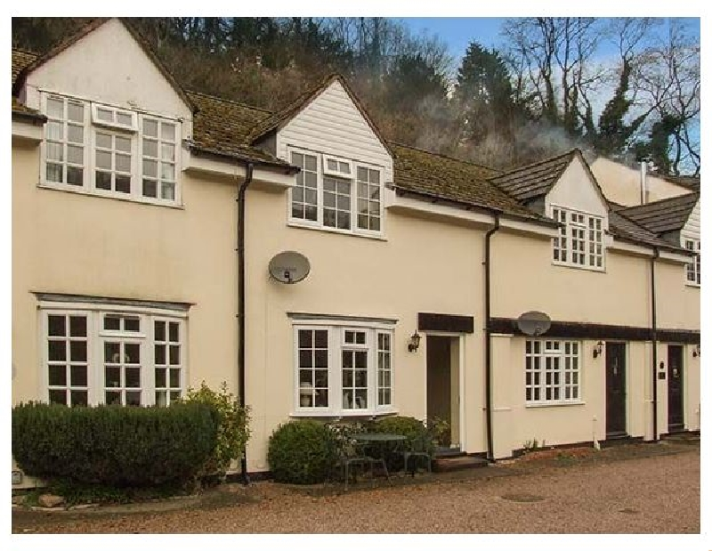 5 Wye Rapid Cottages a holiday cottage rental for 4 in Symonds Yat,