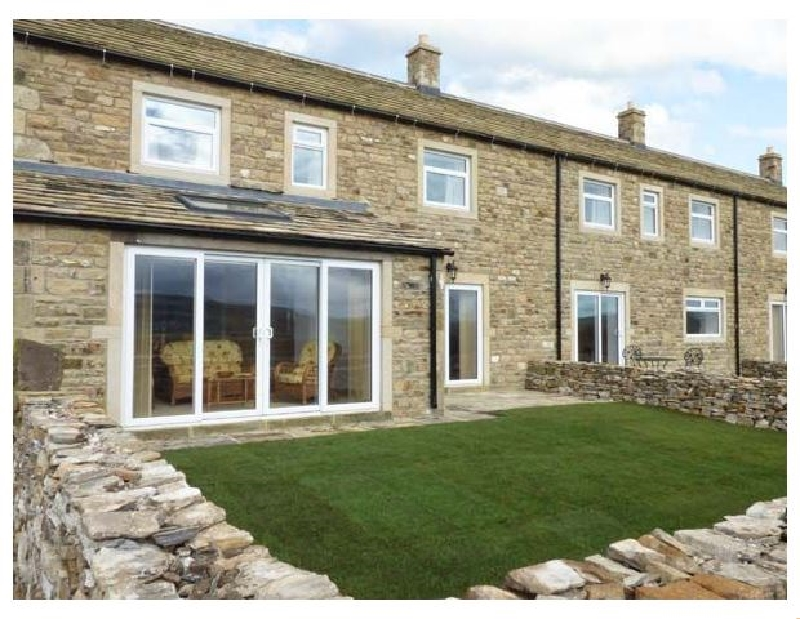 Katy's Cottage a holiday cottage rental for 6 in Skipton,