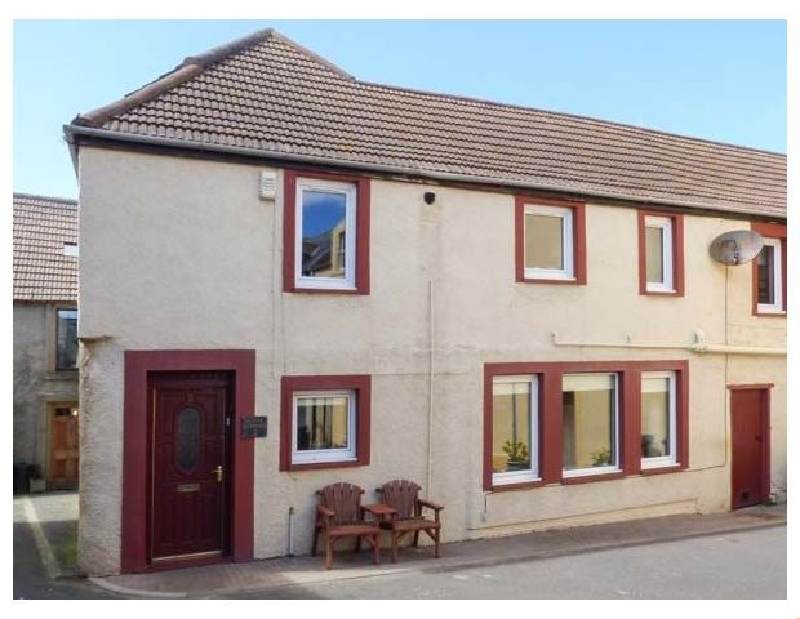 Creel Cottage a holiday cottage rental for 5 in Eyemouth,