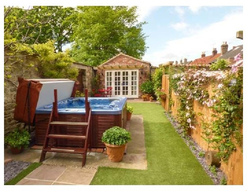 Beech View a holiday cottage rental for 2 in Malton,