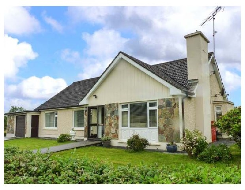 Eileen's a holiday cottage rental for 6 in Aughavas,