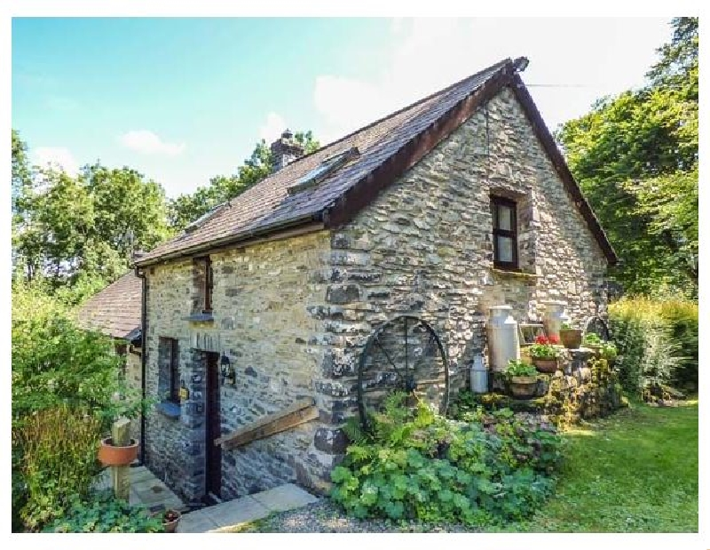 Ty Twt a holiday cottage rental for 2 in Lampeter,