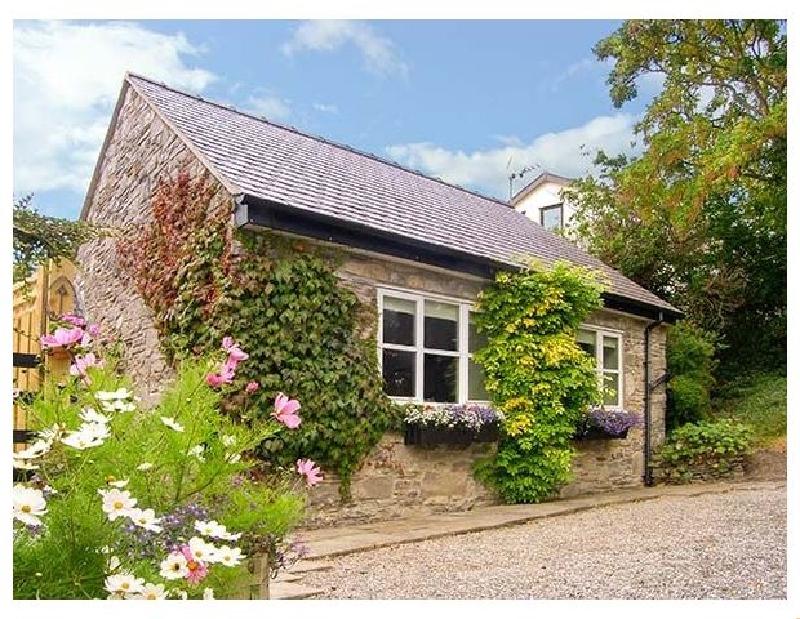 Tan y Bryn a holiday cottage rental for 2 in Gwaenysgor,