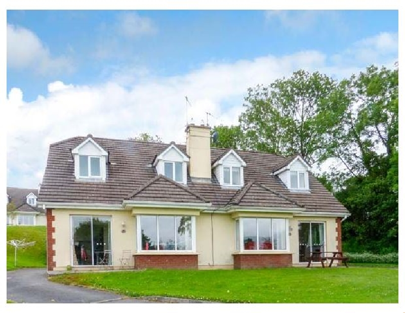16 Lakeview Villas a holiday cottage rental for 6 in Killarney,