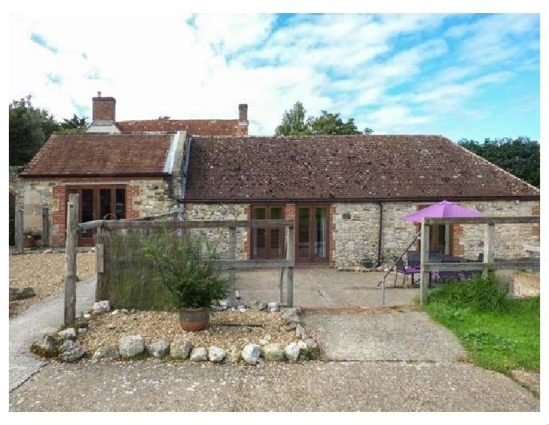 Stable Cottage a holiday cottage rental for 6 in Freshwater,