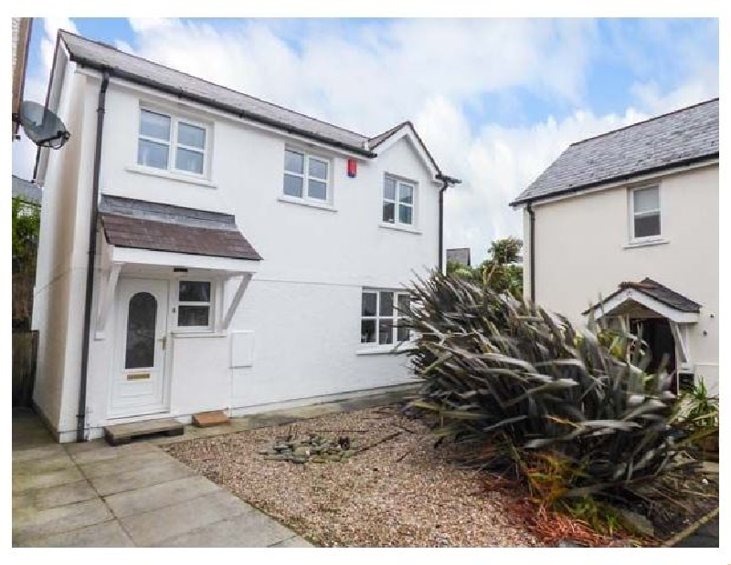 Driftwood House a holiday cottage rental for 6 in Saundersfoot,
