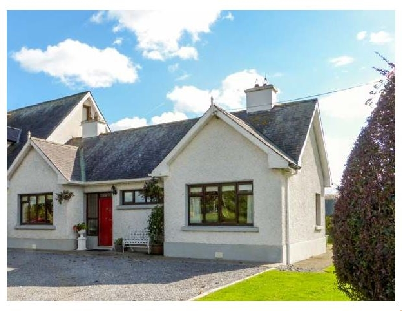 Cherryfield a holiday cottage rental for 6 in Ballyragget,