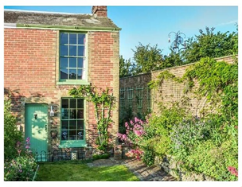 Sage Cottage a holiday cottage rental for 3 in Ryde,