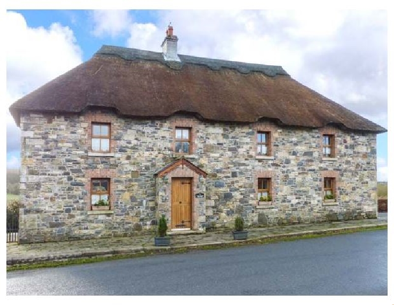 An Maide Ban a holiday cottage rental for 8 in Cootehill,