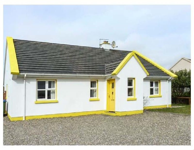 Sunshine Cottage a holiday cottage rental for 6 in Liscannor,