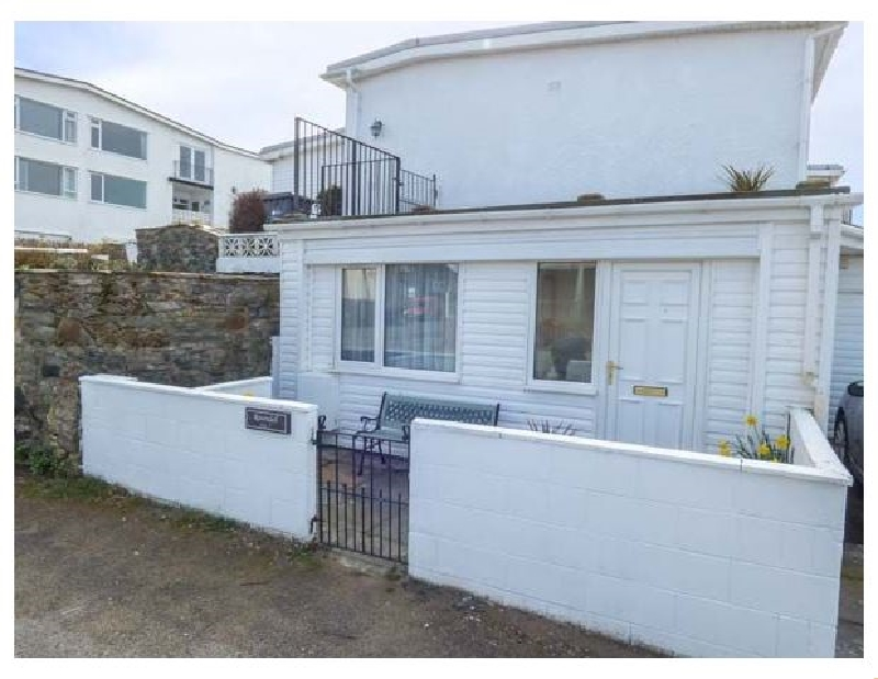 Apartment 2 a holiday cottage rental for 2 in Rhosneigr,