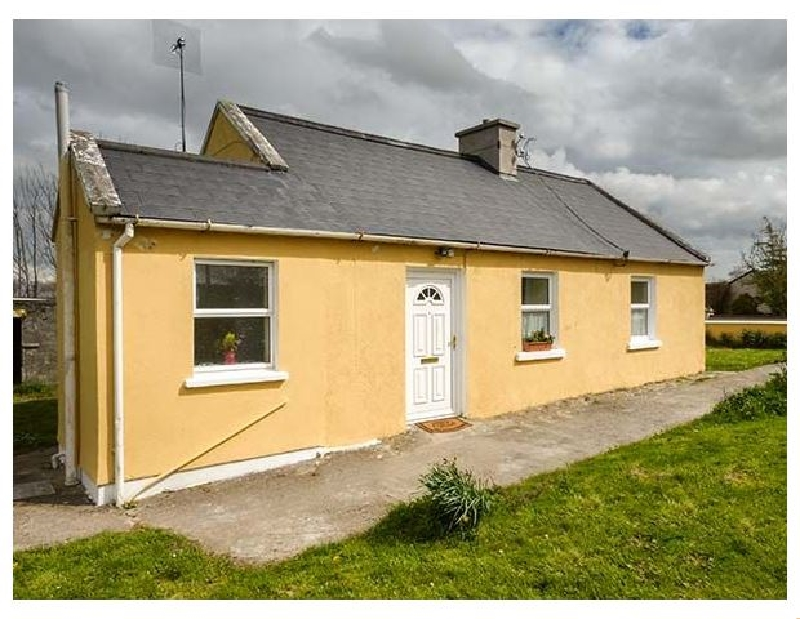 Adare Field Cottage a holiday cottage rental for 3 in Ballingarry,