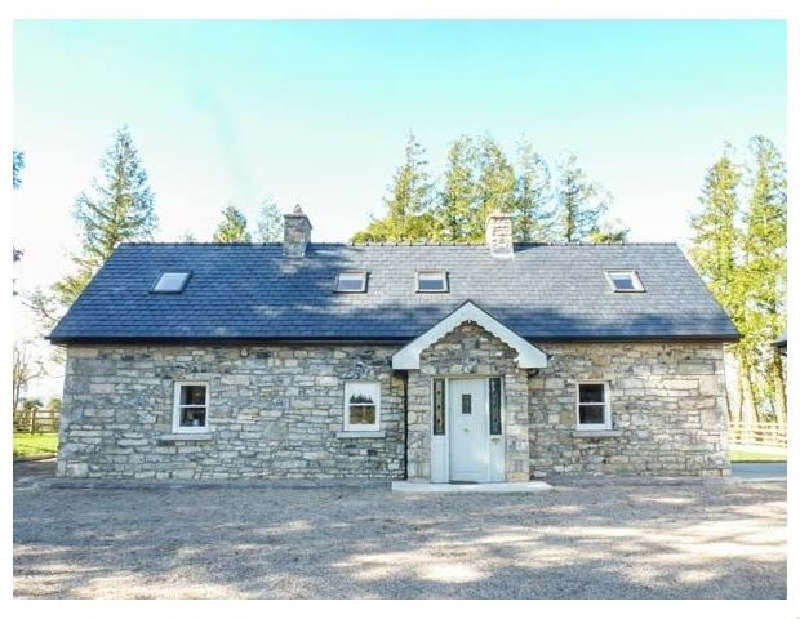 Atheiri Cottage a holiday cottage rental for 7 in Ballinamore,