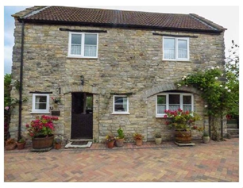 Coach House a holiday cottage rental for 4 in Henton,