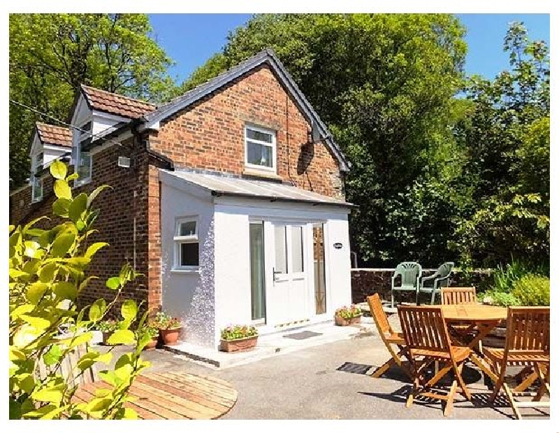 Kingfisher a holiday cottage rental for 5 in Blaenwaun,