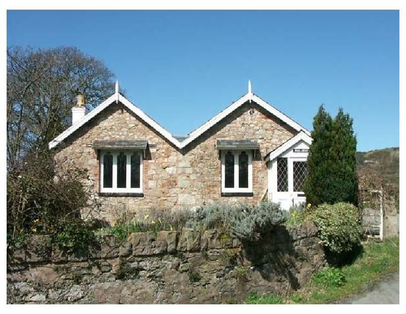 Pabo Lodge a holiday cottage rental for 4 in Llandudno,