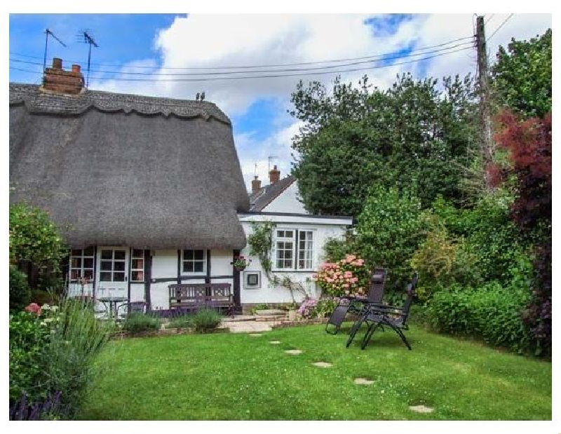 Apple Tree Cottage a holiday cottage rental for 2 in Harvington,