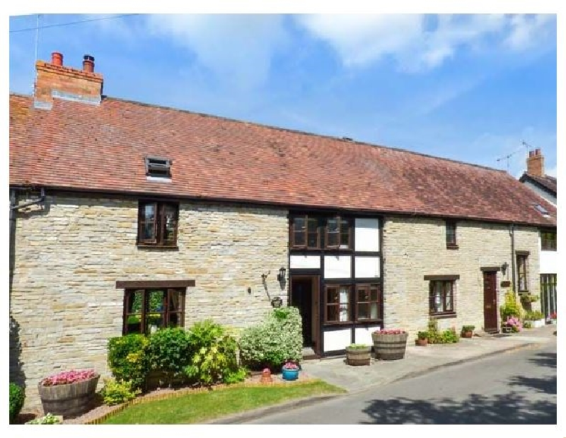 West End Barn a holiday cottage rental for 4 in Cleeve Prior,