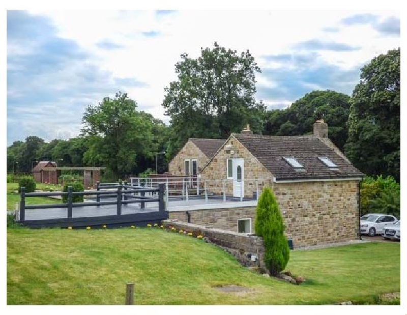 Poacher's Rest a holiday cottage rental for 2 in Rowsley,