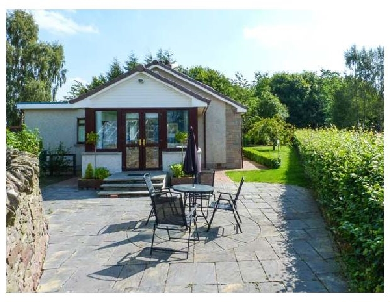 Strathview a holiday cottage rental for 6 in Kirriemuir,