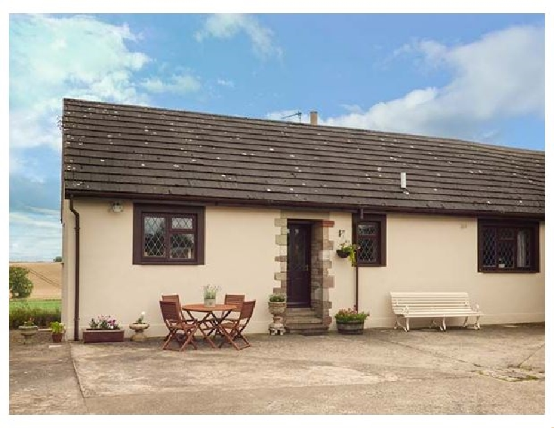 Courtyard Cottage a holiday cottage rental for 4 in Duns,