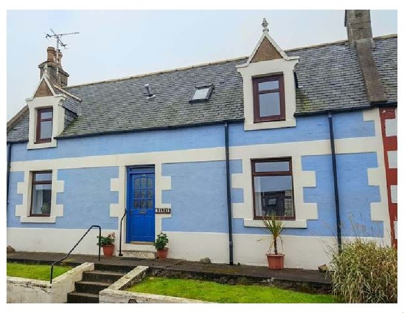 Keltie a holiday cottage rental for 8 in Portknockie,