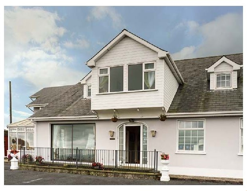 Seaview House a holiday cottage rental for 18 in Dungarvan,