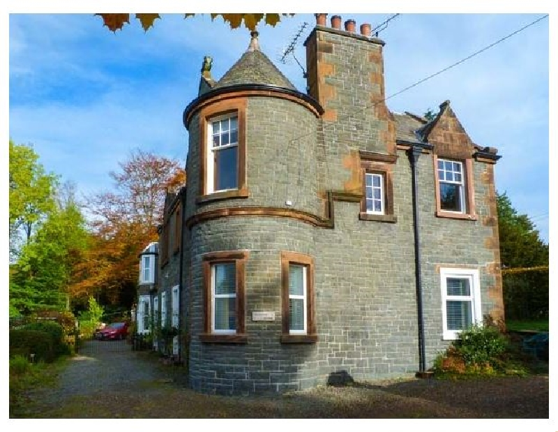 Meadow House Apartment a holiday cottage rental for 4 in Moffat,