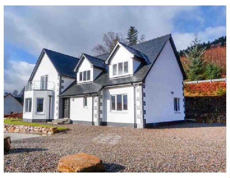 Holly House a holiday cottage rental for 10 in Spean Bridge,