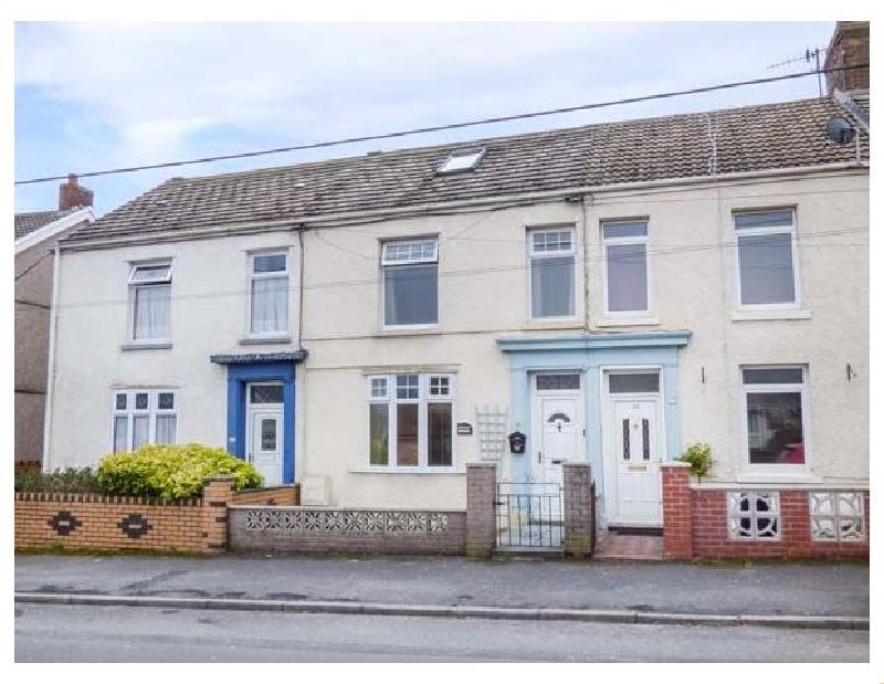 Hafan Dawel a holiday cottage rental for 6 in Burry Port,