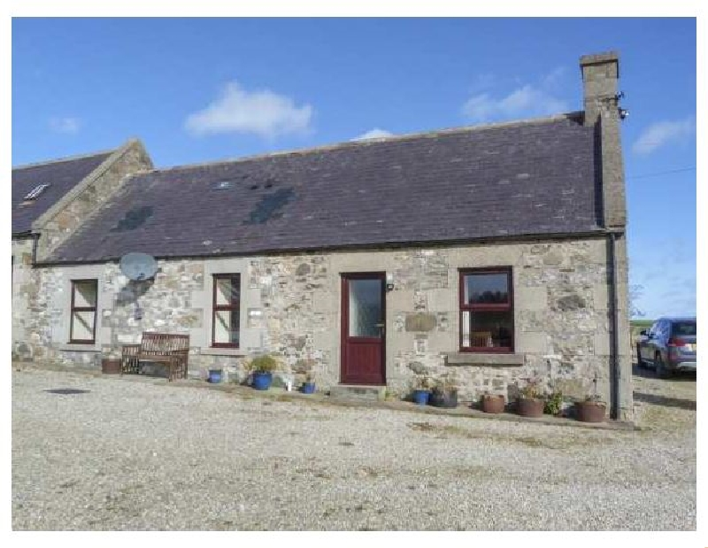 Hillview Bothy a holiday cottage rental for 6 in Cullen,