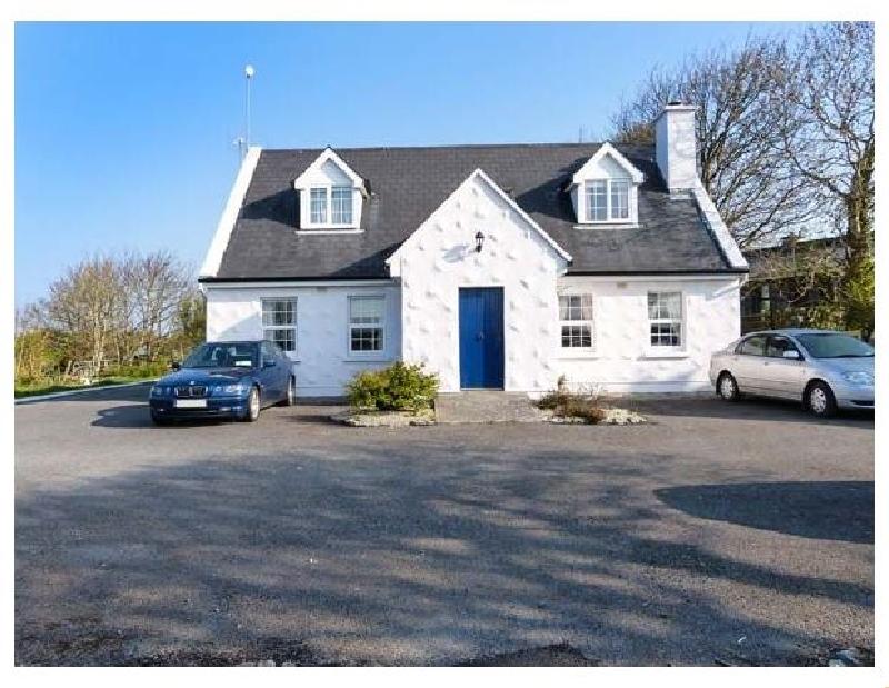 No.1 Apt- Brandy Harbour Cottage a holiday cottage rental for 4 in Ballinderreen,