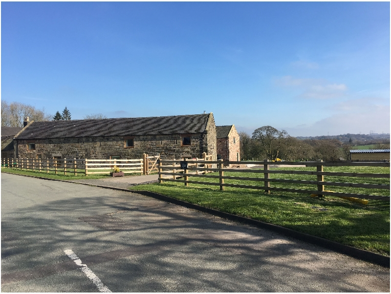 Bagnall Green Farm a holiday cottage rental for 8 in Bagnall,