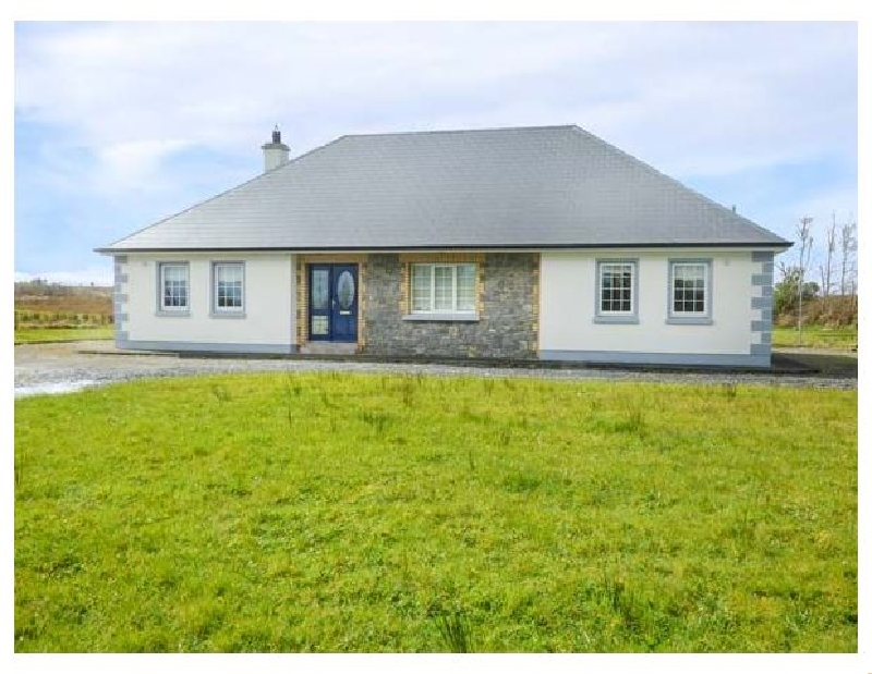 Cuilmore House a holiday cottage rental for 6 in Gorteen,