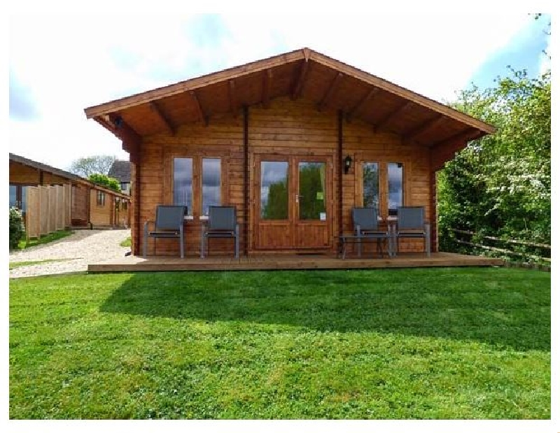 Pennylands Willow Lodge a holiday cottage rental for 4 in Broadway,