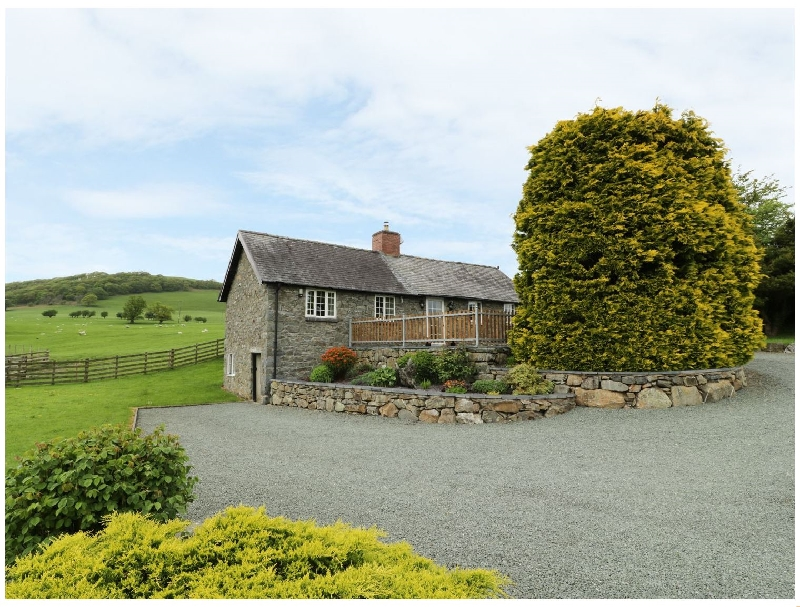 Hafan a holiday cottage rental for 3 in Llanerfyl,