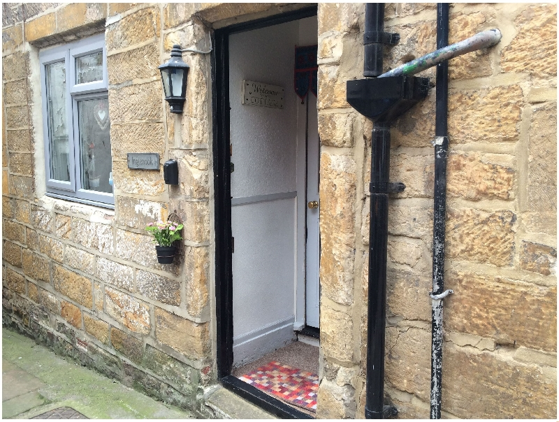 Inglenook Cottage a holiday cottage rental for 4 in Whitby,