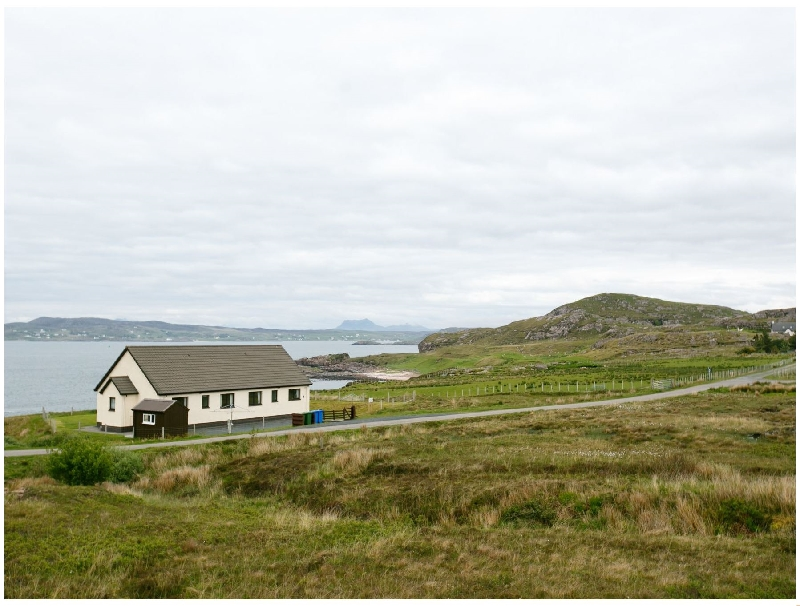 2 Bayview Bungalow a holiday cottage rental for 4 in Poolewe,