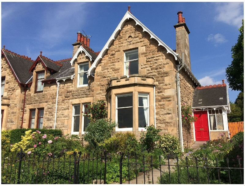 Fidra a holiday cottage rental for 8 in Elgin,